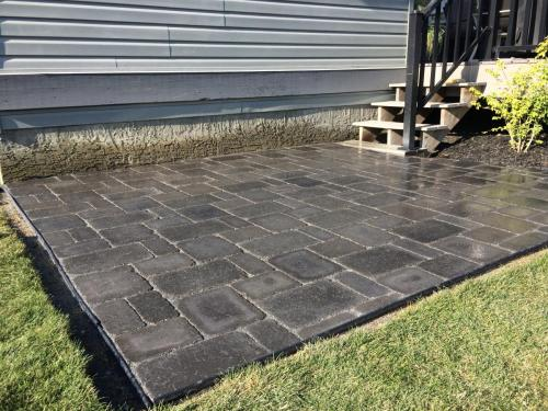 Charcoal Roman Paver Patio Stone