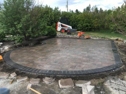 Old Town Roman Paver with Charcoal Grey Holland Paver
